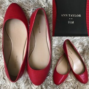 LIKE NEW! Ann Taylor Red Faux Snakeskin Flats